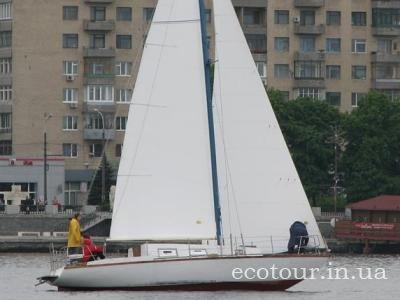 Аренда яхты Днепропетровск